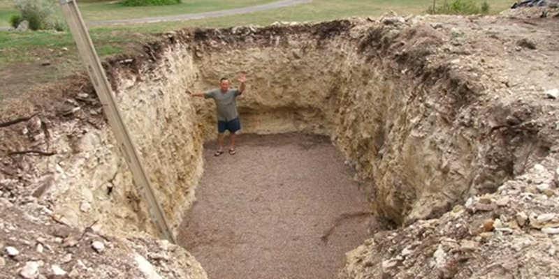 Wine-Cellar-Hole