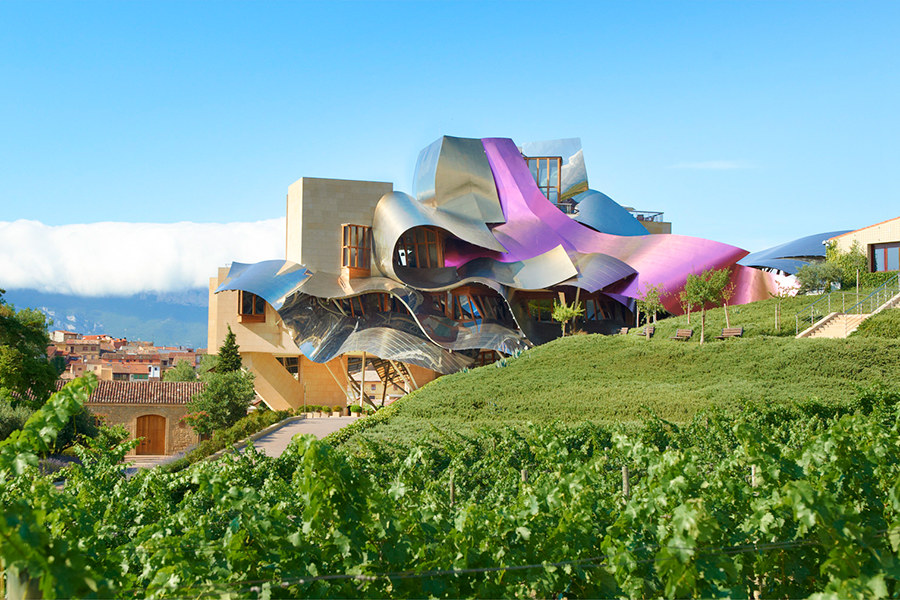 10 Examples of Stunning Winery Architecture
