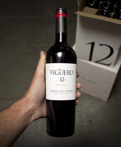 Tinto Figuero Tempranillo Ribera del Duero 12 - 2011 is beautifully balanced, never heavy, loaded with silky red fruits, lavender, hot cocoa, that really awesome Australian licorice with some vanilla on the back end.