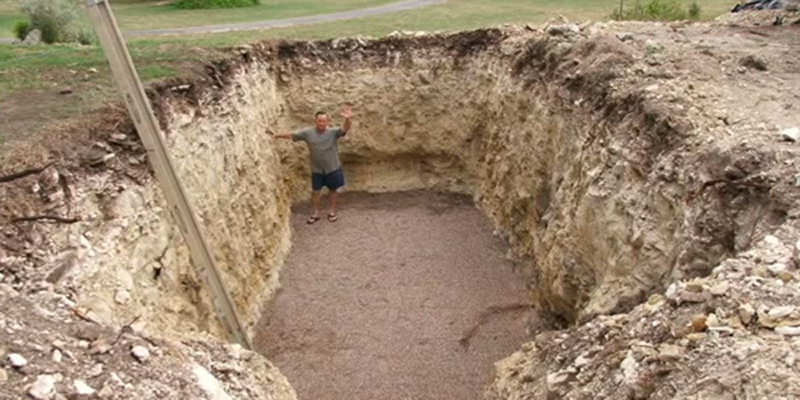This guy dug a huge hole and made something any wine lover would surely envy