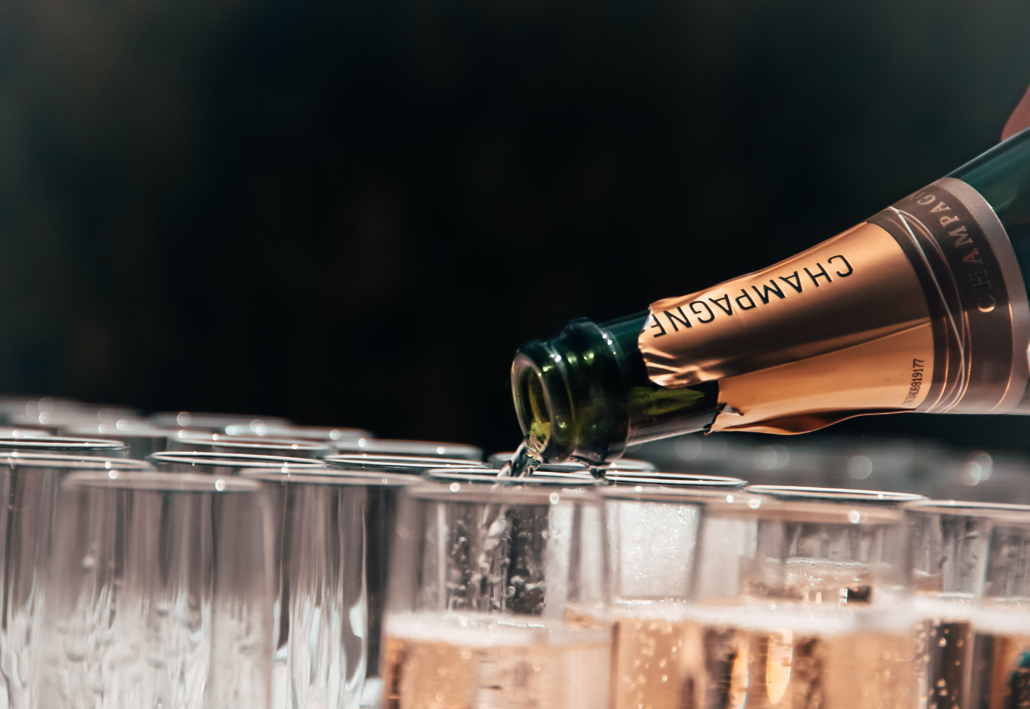 Opening Champagne – The Frenchman's Toot Method
